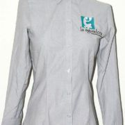 Camisa oxford bordada